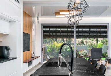 שיש יוקרה למטבחים – איך מעצבים בית יוקרתי?